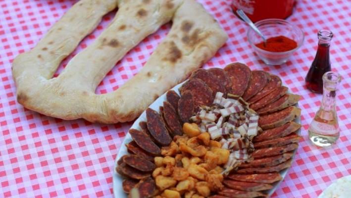 Okusi i mirisi slavonsko-srijemske gastronomije 2 LEKT_1